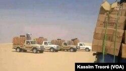 Des affrontements entre le GATIA et la CMA empêchent la circulation dans la région de Gao, Mali, 1er décembre 2016. (VOA/Kassim Traoré)