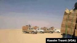 Affrontement entre le GATIA et la CMA dans la région de Gao, Mali, le 1 décembre 2016. (VOA/Kassim Traoré)