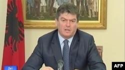 Shqipëri: Presidenti kthen ligjin e plehërave, jo importit