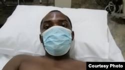 Imbongi elodumo uObert Dube utshaywe ngamapholisa walimala. (Courtesy Image)