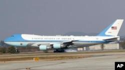 Самолет президента США Air Force One