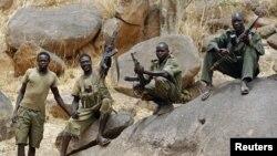 Tentara Sudan Selatan SPLA di pegunungan Nuba, Kordofan Selatan. (Reuters/Goran Tomasevic)
