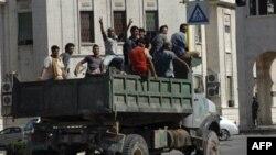 Bức ảnh chụp một con đường trong thành phố Hama, của Syria trong một chuyến tham quan theo sự hướng dẫn của chính phủ
