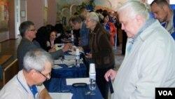 頓涅茨克地區人民在星期日投票