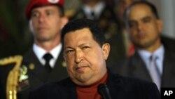 Presiden Venezuela, Hugo Chavez dalam suatu konferensi pers menjelang pemilihan presiden di Istana Miraflores di Caracas, Venezuela (6/10).