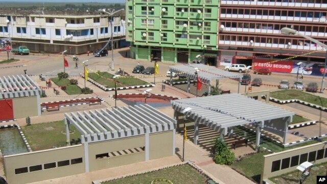 Mais de 88 por cento do orçamento angolano destina-se a província de Luanda, dizem os responsáveis da CASA-CE