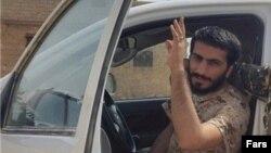 سپاه می گوید حضور نظامی ندارد و فقط افرادی مثل صدرزاده که در سوریه کشته شده اند، مستشار نظامی بوده اند.