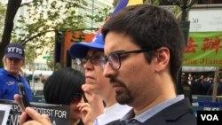 Freddy Guevara, el vicepresidente de la Asamblea Nacional de Venezuela, participó en una protesta de venezolanos en Nueva York. Foto: VOA