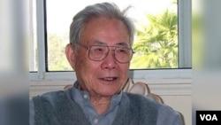 前新华社香港分社社长许家屯去世。 (苹果日报图片)