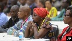 Amalunga edale leCentral Committee enza umhlangano wokuxotsha uMugabe
