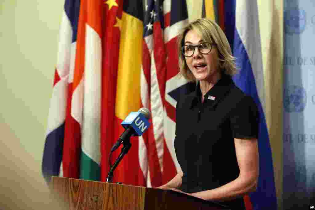 کلی کرفت سفیر آمریکا در سازمان ملل بعد از تائید سنا و مراسم سوگند، از روز پنجشنبه رسما کار خود را آغاز کرد. او جانشین نیکی هیلی شد.