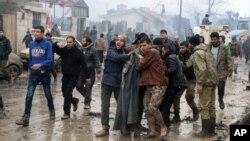 Muchos rebeldes y civiles expulsados de la ciudad de Alepo durante la ofensiva del gobierno a fines del año pasado se asentaron en Azaz.
