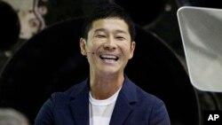 جاپانی یو میلیارد یوساکو ماییزاوا
