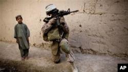 ناتو هلاکت عساکر ایتلاف توسط قوای افغان را تحت تحقیق قرار میدهد