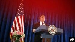 အေမရိကန္အစိုးရ ဒီမိုကေရစီ၊ လူ႔အခြင့္အေရးနဲ႔ အလုပ္သမားေရးရာ လက္ေထာက္ ႏုိင္ငံျခားေရး ၀န္ႀကီး Michael Posner