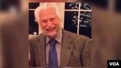 آقای ملایری در ۹۷ سالگی درگذشت.