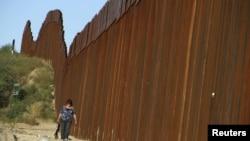 Ο φράκτης μεταξύ ΗΠΑ και Μεξικού