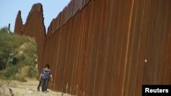 Участок американско-мексиканской границы