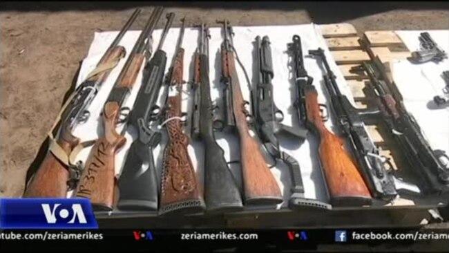 Kosovë, shkatërrohen armë të paligjshme