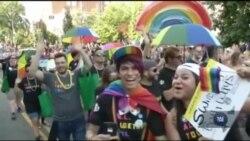 У Вашингтоні гей-прайд вилився у велелюдну політичну акцію. Відео