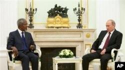 Kofi Annan Moskova'da Rusya devlet Başkanı Vladimir Putin ile..