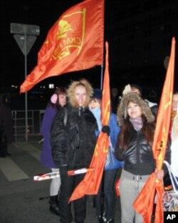 莫斯科集会中的共产党支持者