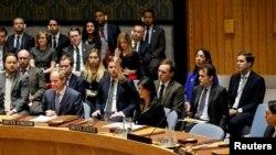 نیکی هیلی نماینده آمریکا در سازمان ملل متحد گفته است پرونده سرکوب مردم ایران را در شورای امنیت و حقوق بشر آن سازمان مطرح میکند.