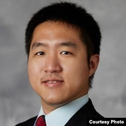 王宏恩,美国内华达州大学拉斯维加斯分校政治系助理教授
