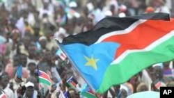 Milhares de pessoas saudaram o nascimento da República do Sul do Sudão