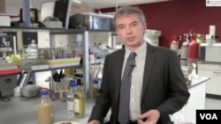 El profesor escocés Martin Tangney ha descubierto cómo usar los desechos de la destilación del whisky y convertirlos en biobutanol.