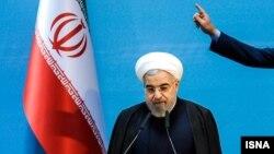 آقای روحانی شعار سال ۹۲ اش درباره انتشار کتاب به دست انجمن نویسندگان و ناشران را بار دیگر در سال ۹۵ تکرار کرد.