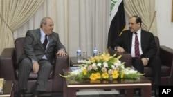 Eyad Ellawî, çep, û Nûrî El Malikî. (Erşîv)