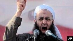 Giáo sĩ Hồi giáo Sunni Sheikh Ahmed al-Assir (ảnh tư liệu).