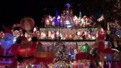 Як різдвяний декор повертає дорослих назад у дитинство. Відео
