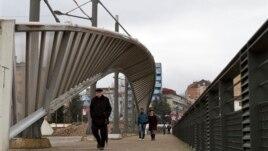 Bisedimet, reagime nga Kosova