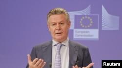 EU ဥေရာပသမဂၢရဲ့ ကုန္သြယ္ေရးေကာ္မရွင္နာမင္းႀကီး Karel De Gucht