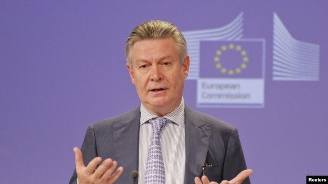 Trưởng đoàn đàm phán thương mại của Ủy hội châu Âu Karel de Gucht.