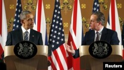 El presidente Barack Obama llegó el jueves a Gran Bretaña y este viernes se reunió con el primer ministro David Cameron, en el número 10 de Downing Street en Londres.