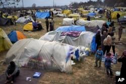 Türkiye Yunanistan sınırında mülteciler