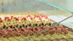 شیرینی های اکلرِ کلاسیک دوباره در پاریس رایج شده اند
