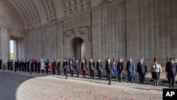 Các nhà lãnh đạo các nước khối EU dự lễ tưởng niệm 100 năm thế chiến thứ nhất tại Menin Gate ở Ypres, Bỉ, 26/6/14