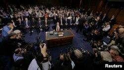 آرشیف: هفتۀ گذشته جیمز کومی، رئیس پیشین FBI نیز در گانگرس امریکا در مورد احتمال مداخلۀ روسیه در انتخابات ریاست جمهوری ۲۰۱۶ ایالات متحده سخن گفت