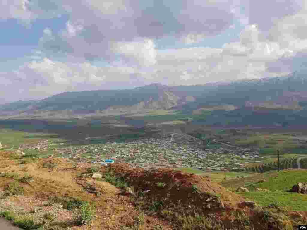 روستای سرپیر- چهار محال و بختیاری عکس: (ارسالی شما)