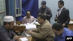 Mısır'daki Referandumda Anayasa Değişikliği Kabul Edildi