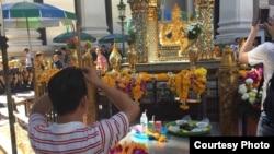 Hình chụp ở khu vực đền Erawan, người Việt gọi là phật 4 mặt.