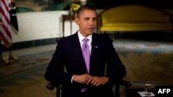 US President Barack Obama recodes the weekly address, 01 Oct 2010
