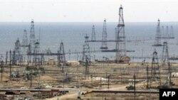 Добыча нефти в Каспийском море