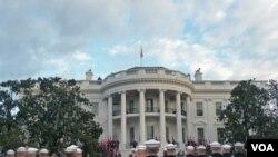 Upacara menyambut kedatangan Presiden Hu Jintao di Gedung Putih.