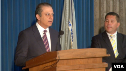 紐約南區聯邦檢察官巴拉拉宣布對前聯大主席涉貪腐案的起訴(美國之音方冰拍攝)
