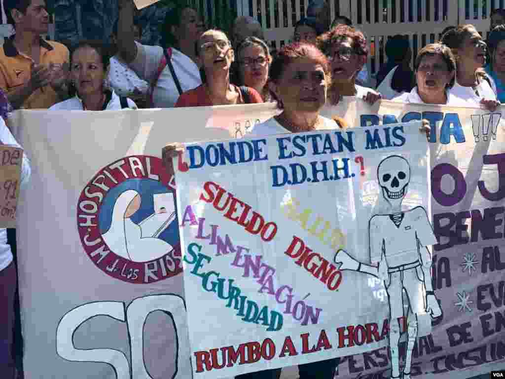 """""""La situación de hambre, la situación de miseria en la que nos encontramos los venezolanos que hoy percibimos salario que no son de subsistencia"""", aseguró Ana Rosario Contreras, presidenta del Colegio de Enfermeras de Caracas."""